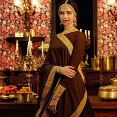 These Pictures Prove That Deepika Padukone Is In Bollywood To Style In Saree - Flowerene Sabyasachi, Lehenga Choli, Anarkali, Saris, Indian Dresses, Indian Outfits, Indische Sarees, Make Up Braut, Braut Make-up