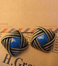 Vintage Square Blue Stone Earring pictures