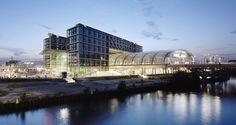 Berliner Hauptbahnhof / gmp Architekten von Gerkan, Marg und Partner / Our Client: gira.de (Tastsensoren im Schalterdesign Reinweiß glänzend)