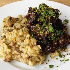 These Peas are Hollow: Cabernet Braised Short Ribs and Mushroom Risotto from Fisher Beef Dishes, Food Dishes, Main Dishes, Beef Recipes, Cooking Recipes, Healthy Recipes, Yummy Recipes, Healthy Food, Dinner Dishes
