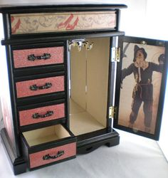 Wicked Witch of the West Wizard of Oz Jewelry Box The east The o