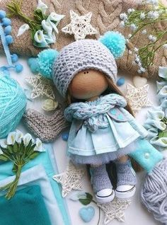 Photo Crochet Doll Clothes, Knitted Dolls, Crochet Dolls, Techniques Couture, Fabric Toys, Sewing Toys, Felt Toys, Soft Dolls, Diy Doll