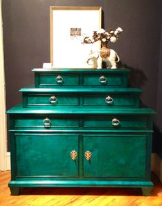 The New Traditional dressing chest from Century Furniture is absolutely *beyond* in the new Sapphire finish.   Because the finish is dyed (not lacquered), the gorgeous aqua shade of aqua is made more beautiful by the grain of the wood peeking through.  Move over, Malachite; here comes Sapphire!  Century Furniture, Market Square 500 #hpmkt