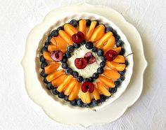 Summer-fruit-tart-on-white