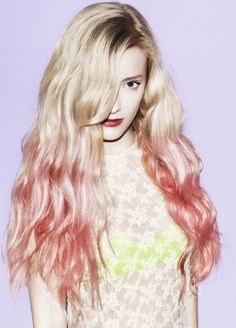 this is so sick! if I had blech blonde hair I'd be so down!!