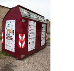 Gruppo Hera - raccolta RAEE Ravenna, Jukebox, Magazine Rack, Storage, Furniture, Home Decor, Purse Storage, Store, Interior Design