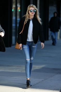 Perfect Fall Look – Latest Casual Fashion Arrivals. 47 Unique Outfit Ideas You Need To Try – Perfect Fall Look – Latest Casual Fashion Arrivals. Estilo Gigi Hadid, Gigi Hadid Style, Gigi Hadid Outfits, Gigi Hadid Fashion, Mode Outfits, Casual Outfits, Fashion Outfits, Fall Outfits, Outfits 2016