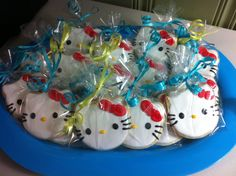 Hello Kitty cookies #decoratedcookies #royalicing #Hellokitty