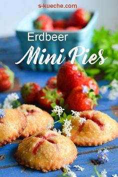 Strawberry and Cream Hand Pies, Mini-Pasteten mit Erdbeer Creme Füllung, Mini Pies