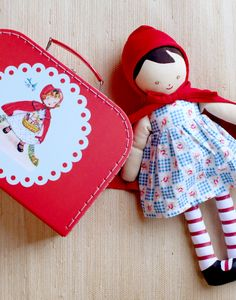 large carry case and doll www.kaycehughes.com
