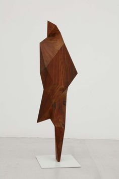 Les sculptures à facettes de Xavier Veilhan xavier veilhan polygone 02 611x920