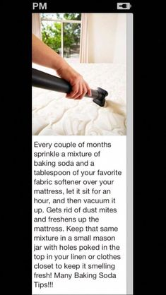 5 Ways to Healthy Living at Home Clean your mattress and get rid of dust mites Household Cleaning Tips, House Cleaning Tips, Spring Cleaning, Cleaning Hacks, Cleaning Supplies, Household Cleaners, Bedroom Cleaning Tips, Deep Cleaning Lists, Daily Cleaning