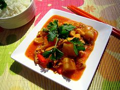 Hapanimelää broilerikastiketta Finnish Recipes, Thai Red Curry, Koti, Ethnic Recipes