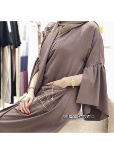 Get this stunning abaya for Rs 2800 only comes with black scarf. Niqab Fashion, Muslim Fashion, Fashion Outfits, Abaya Designs Dubai, Mode Kimono, Black Abaya, Abaya Dubai, Mode Abaya, Iranian Women Fashion