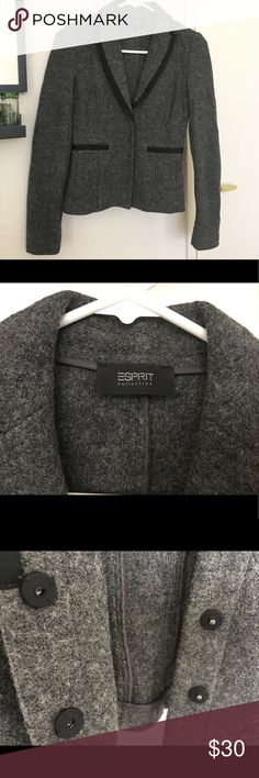 ESPRIT Blazer Very flattering blazer! 60% rayon. 40% wool. Fabric has light stretch for great fit. Blazer has black ribbon trim and hidden snap buttons (4). Blazer is not lined. Only the sleeves (100% polyester lining). Great condition! Let me know if you have any questions! 🖤 Esprit Jackets & Coats Blazers
