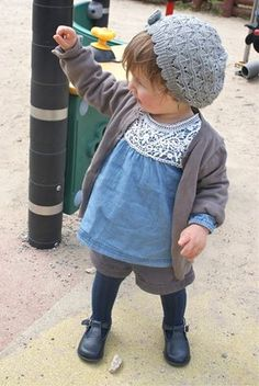 Kid style.. Toddler. Hat & shirt or dress