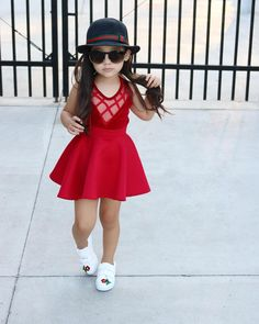 Pin by everything dolan on *fashion* baby girl fashion, cute Cute Little Girls Outfits, Kids Outfits Girls, Little Girl Dresses, Cute Kids Fashion, Little Girl Fashion, Clothes, Swag Fashion, Fashion Black, 90s Fashion