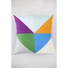 burda style - Der Chevron Quilt entworfen von Emily Levey ist ganz einfach zu nähen — hervorragend für Anfänger geeignet. Foto: F&W