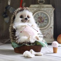 the cutest!  this is the type hedgehog I want to make !