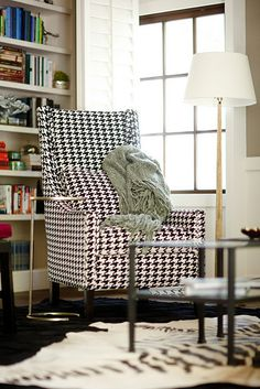 Houndstooth Chair <3