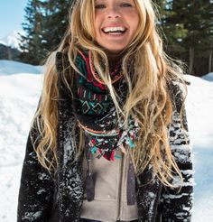 Give Winter the Cold Shoulder Shop Jackets! Snow Fashion, Cute Fashion, Womens Fashion, Winter Wear, Autumn Winter Fashion, Winter 2017, Winter Style, Roxy, Holiday Hairstyles