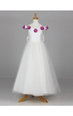 Sweet Short Sleeve Tulle And Satin Wedding/Evening Flower Girl Dress With Flowers