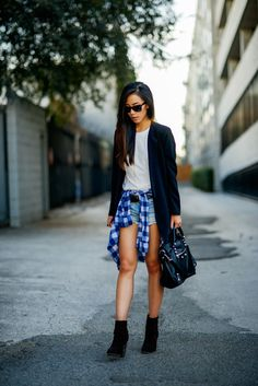 Jenny Ong is wearing a blazer from Rodebjer, top from Greylin, denim shorts from A&F, boots from Rag & Bone and a bag from Balenciaga Balenciaga Classic City Bag, Cool Outfits, Summer Outfits, Look Con Short, Personal Style, Street Wear, Denim Shorts, Street Style, Style Inspiration