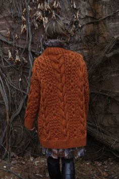 if this has toggles on the front, it is the perfect winter sweater