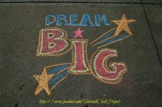 Chalk Art Quotes, Notes For Friends, Chalk Photos, Chalk Writing, Sidewalk Chalk Art, Chalk It Up, 1st Day Of School, Chalk Drawings, Drawing Skills