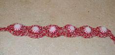 Peppermint Christmas Dog collar Crochet Pattern - free crochet pattern