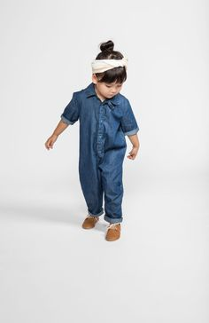 Kids fashion is the heart of Paul & Paula. The perfect place to be in the kids fashion world! Little Girl Fashion, Little Girl Dresses, Toddler Fashion, Kids Fashion, Mechanic Jumpsuit, Style Hipster, All Jeans, Friend Outfits, Girls Pajamas