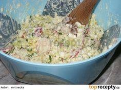 Lehký cottage salát 1 cottage sýr 6-8 brambor (vařených ve slupce) 3 vejce…