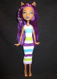 """This is simply a knit tube. I measured the widest part of the dolls waist with the fabric, cut, added straps of 1/4 inch elastic and stitched it up. Like a 5 minute project and Clawdeen looks adorable."" - momaroo"