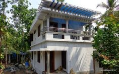Valiyakulam, Udayamperoor House in 4 cent 1200 sqft. 3 BHK for sale. It has sit out, hall, 3 bedroom, 2 attached and 1 bath room, kitchen, work area... www.realestateworld.in