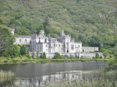 Kylemore Abbey, Co. Galway - Photo: Barb Lafontaine 9/12