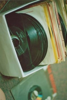 #thevintees #whatinspiresus #vinyls #rockandroll #rock