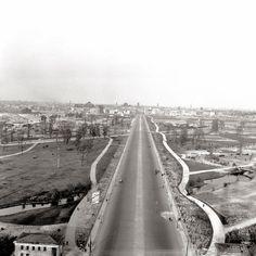 1945 Blick von der Siegessaeule nach Osten