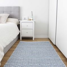 Jute Rug, Woven Rug, Rug Inspiration, Ikea Cabinets, White Beige, Scandinavian, Hand Weaving, Kids Rugs, India