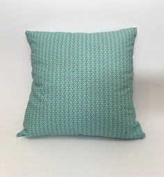 Sommerwies is a brand that produce and sell custom made cushion covers and prompt delivery cushion covers. Here you can buy handmade cushion covers online in Switzerland. Cushion Covers Online, Handmade Cushion Covers, Love Boat, Cushions, Throw Pillows, Shop, Beautiful, Cushion, Decorative Pillows