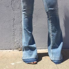 """""""Love'n the flares! Do you have your perfect pair? #jbandme #denim #flarejeans #fall15 #agolde"""""""