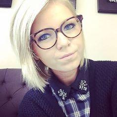 Happy customer @liselottegilleman wearing her new @dior #montaigne eyeglasses #dior #montaigne #diormontaigne #glasses #eyeglasses #eyewear #frames #optical #eyewearfashion #fashion #love #happy #christiandior #happycustomer #musthave #potd #optieklammerant