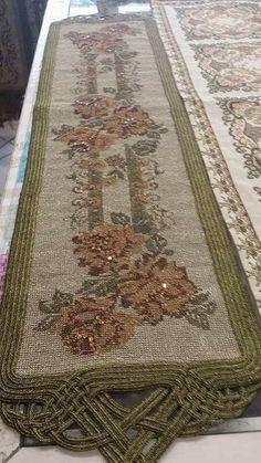 Cross Stitch Rose, Cross Stitch Embroidery, Cross Stitch Designs, Magnolia, Bohemian Rug, Lace, Pattern, Centerpieces, Needlepoint