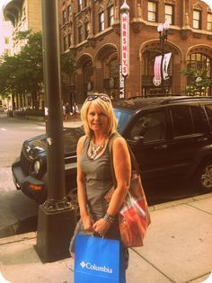 Brendy with her Brendyart tote , shopping in Chicago