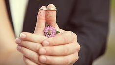 Especial bodas 2013: todas las claves para que la pareja perdure laura peraita Día 07/05/2013 - 01.36h La vida en común no siempre es un camino de rosas, supone superar conflictos y periodos de crisis. Saber cómo actuar en cada momento puede reforzar la relación y convertirla en eterna