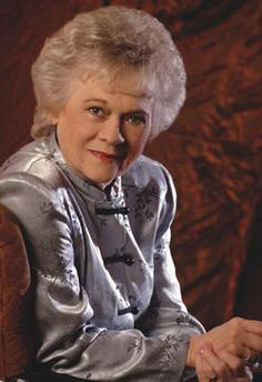 The sassy Jean Shepard.  She helped kick in the door for strong women singers in country music.
