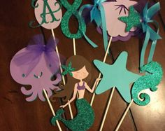 Under the Sea inspired centerpiece. 7 pieces by HandcraftedByW Little Mermaid Birthday, Little Mermaid Parties, Birthday Favors, 4th Birthday Parties, Ariel Baby, Mermaid Party Decorations, Mermaid Baby Showers, Ideias Diy, Under The Sea Party