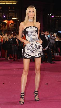 Top model Karolina Kurkova looked gorgeous in Roberto Cavalli at the Life Ball 2012 AIDS charity fundraiser at City Hall in #Vienna. #RedCarpet