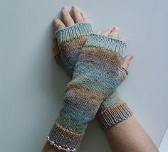 Pastelle fingerless gloves, mittens
