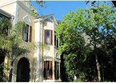 Carmichael Guest House has Table Mountain as a backdrop, 10 mins to Cape Town City Centre and 15 mins to Cape Town Airport. 6 Luxury rooms to choose from. See more: http://www.where2stay-southafrica.com/Accommodation/Cape_Town/Carmichael_Guest_House