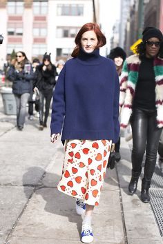 Taylor Tomasi Hill - ALTAMIRA: modelsoffduty.com #modestfashion #tzniutfashion